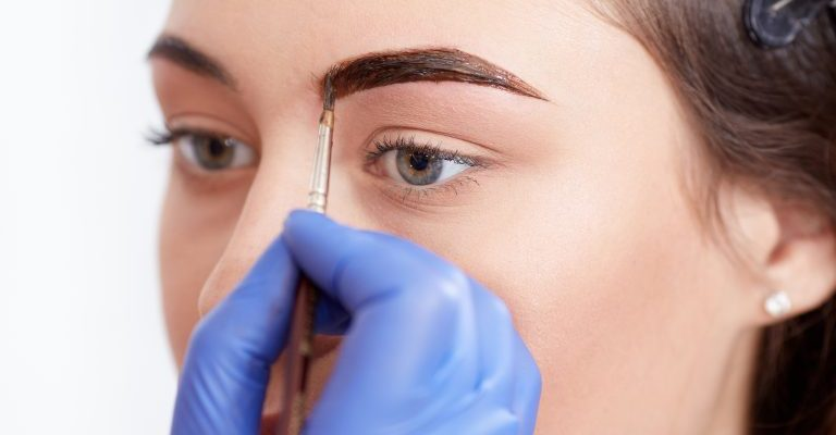 what is a Microblading eyebrow